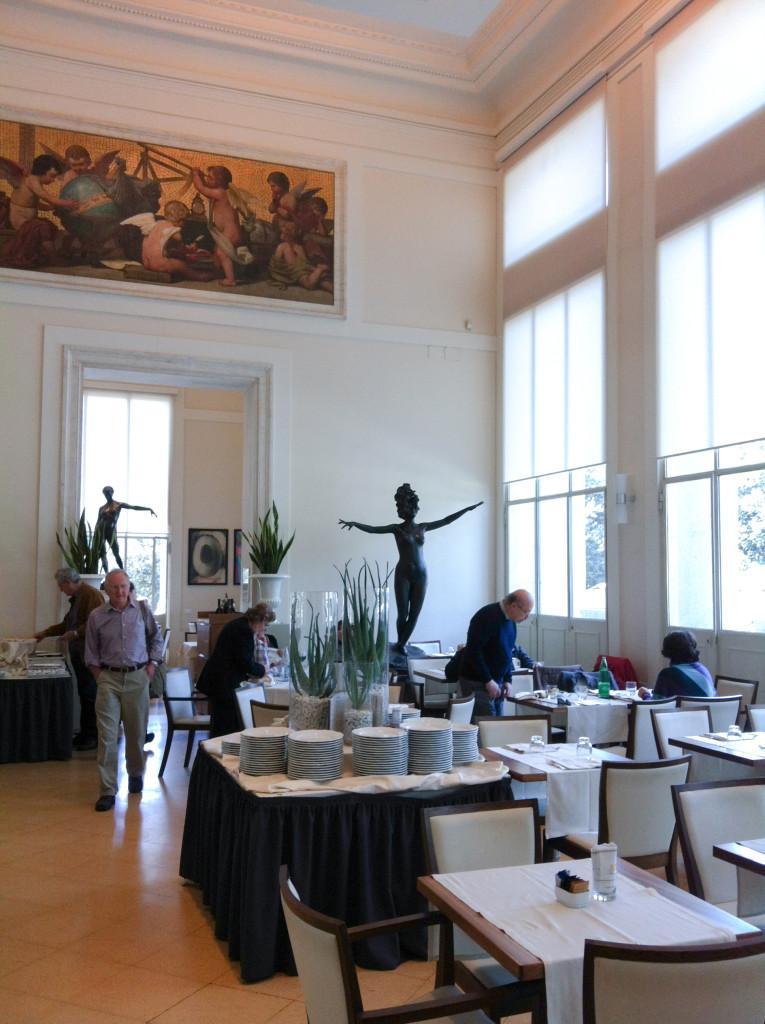 ローマ国立近代美術館 カフェ